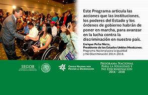 Imagen meme con el Presidente Peña Nieto que saluda a un grupo de personas con discapacidad.