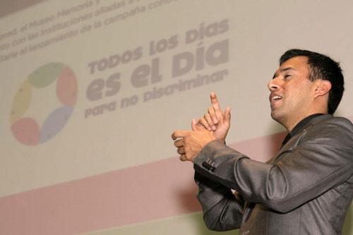 El evento tuvo int�rprete de lengua de se�as mexicana - Foto: Antonio Saavedra.