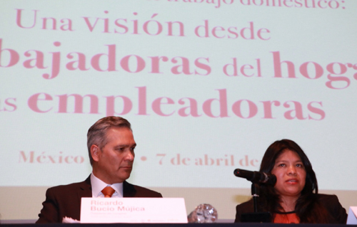 Ricardo Bucio (izquierda) y Marcelina Bautista (derecha).