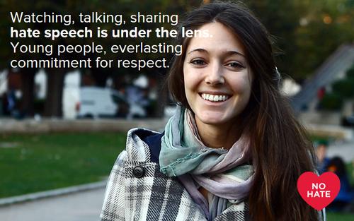 Joven mujer que participa en la campaña.